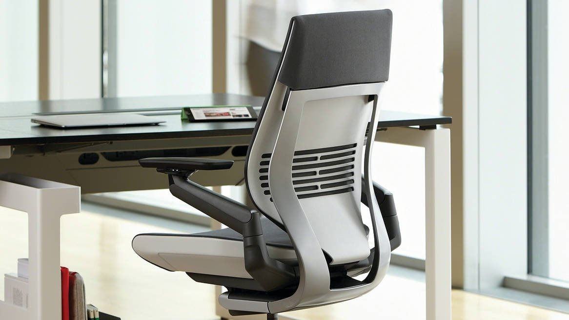 صندلی اداری استاندارد
